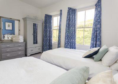 Mackintosh-Twin-Bedroom