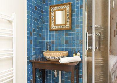 Marrakesh-Tiled-Bathroom